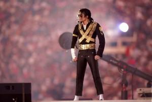 MJ於1993年中場秀上的模樣,那也是他的全盛時期。