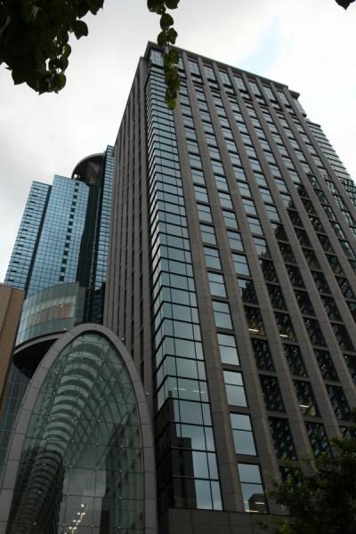 Legal High_西新宿商業大樓
