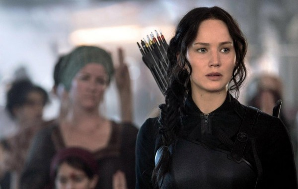 jennifer-lawrence-in-the-hunger-games-mockingjay-part-1-600x380-jpg